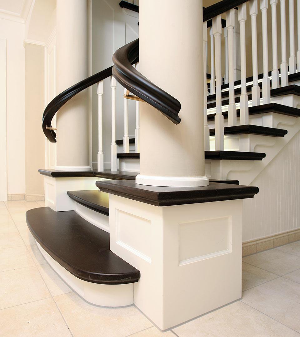 podest treppenanlage massivholz ber zwei geschosse meyer grave treppenbau. Black Bedroom Furniture Sets. Home Design Ideas